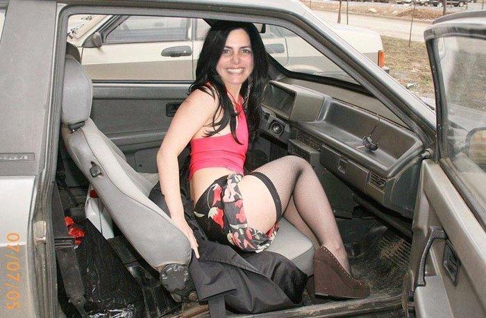 Русская в машине